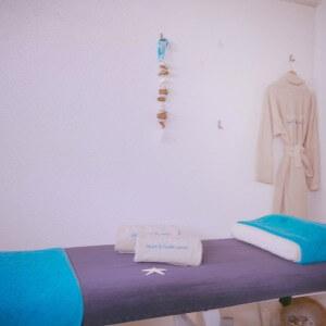 Waves Massage room